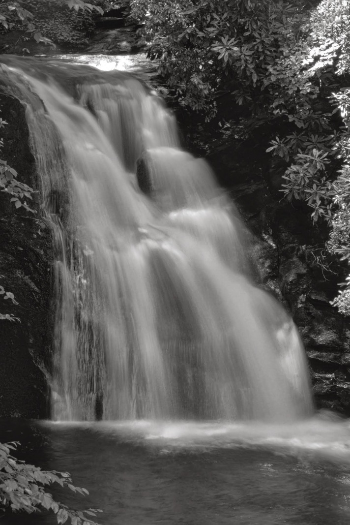 highshoalslongexposurewaterfallBW_HDR2